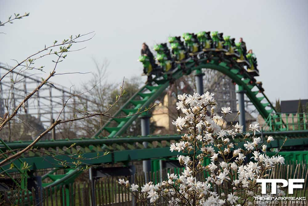 troy achtbaan toverland