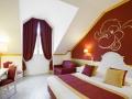 Gardaland Hotel_ Prezzemolo basic rossa