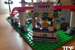 lego-coaster-(3)