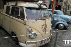 Cars (60)